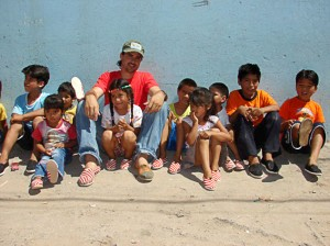 articleimage_toms_shoes_argentina_philanthropy-3